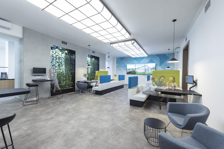 interiér kanceláře - klientské centrum Modrá pyramida