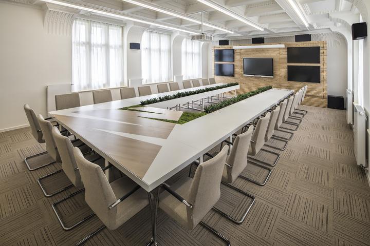 zasedačka - kancelářské prostory Modrá pyramida
