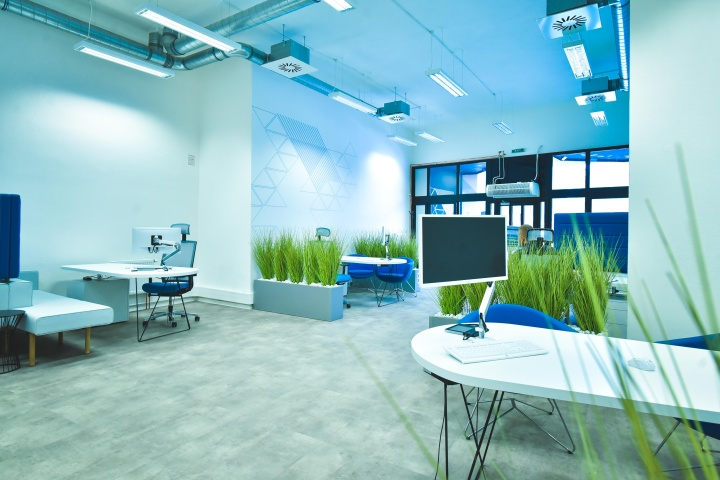 interiér kanceláře - poradenská centra Modrá pyramida