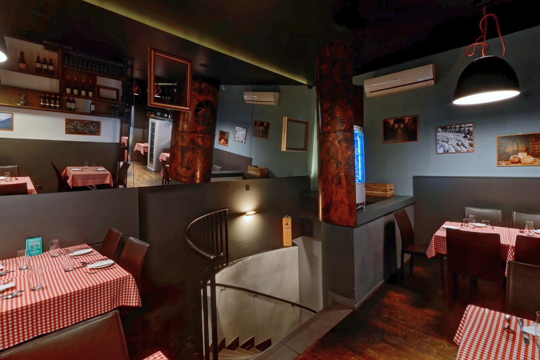 Interiér italské restaurace