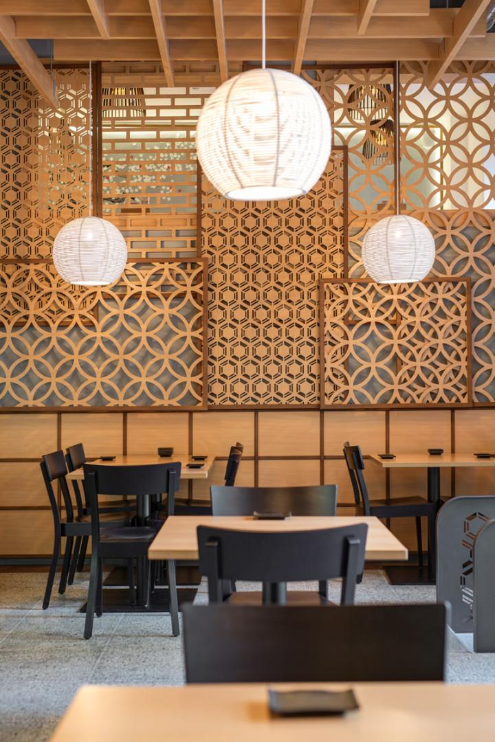 Interiér restaurace - Návrh interiéru na míru - Yami Sushi Bistro