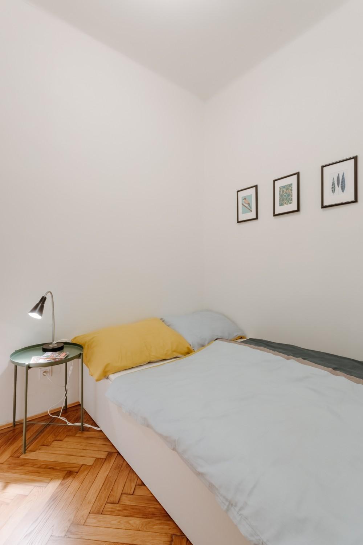 Interiér bytu na pronájem - interiér ložnice