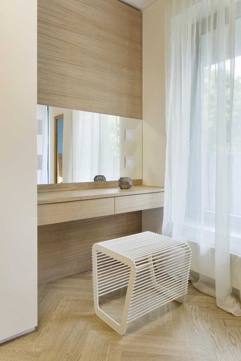 Interiér ložnice a toaletního stolku