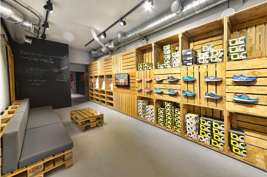 Interiér obchodu v Brně